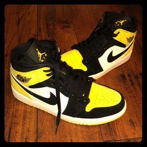 "Jordan 1 ""yellow"""
